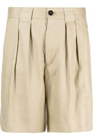 Closed Pleated shorts