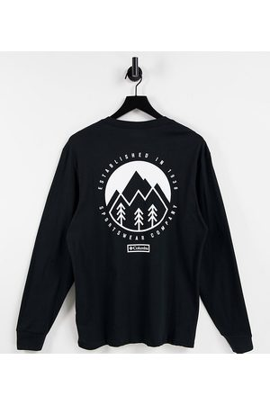 Columbia Cades Cove long sleeve t-shirt in black Exclusive at ASOS
