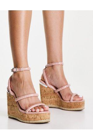 Schuh Valentina wedge espadrille sandals in blush croc-Neutral