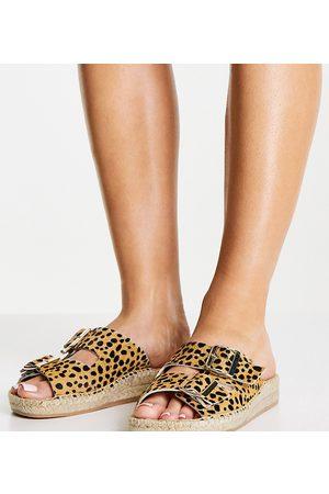 Solillas Exclusive leather buckle espadrille sandals in leopard-Multi