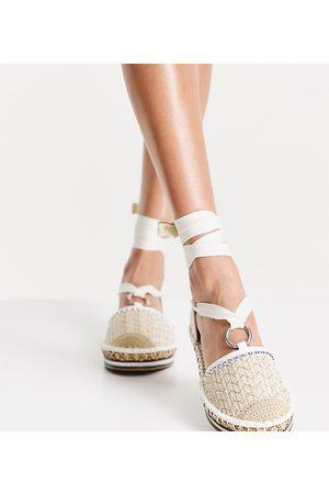 River Island Wide Fit chevron crochet espadrille shoe in -White