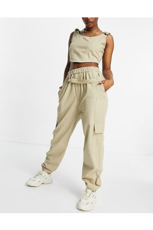 Missguided Co-ord cargo pant in -Neutral
