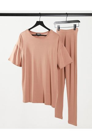 Missguided T-shirt and legging set in -Brown