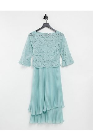 Oasis Bridesmaid tiered midi dress with flute sleeve in -Green