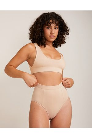 LÉ BUNS Charlie organic cotton blend scoop neck bralet with low underarm detail in -Pink