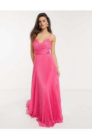 Forever Unique Pleated sweetheart maxi dress in pink