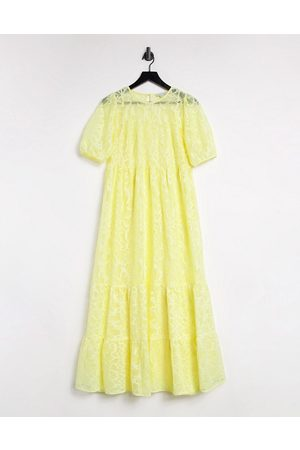 warehouse Tiered lace puff sleeve dress in