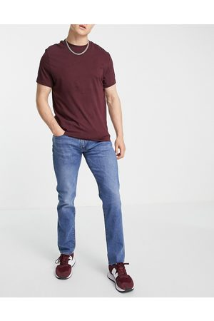 Levi's 511 slim fit jeans in mid wash blue