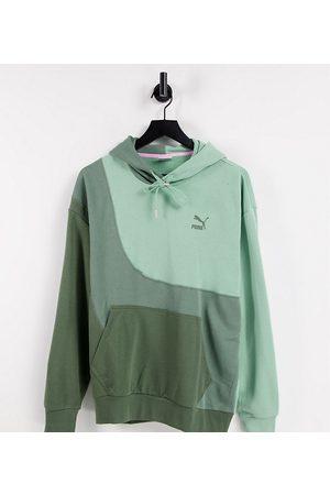 PUMA Men Hoodies - Convey hoodie in grey colour-block Exclusive to ASOS-Green