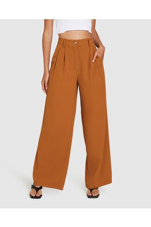Alice In The Eve Quinn Wide Leg Pleat Pants Caramel