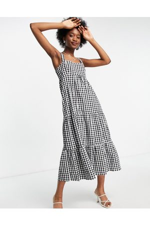 Forever New Square neck tiered midi smock dress in gingham-Multi