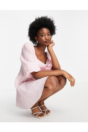 Forever New Oversized sleeve ruched smock mini dress in baby -Multi