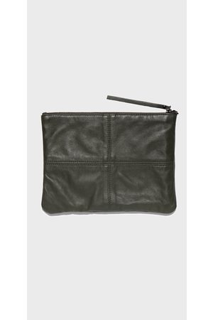 Cue Leather Zip Pouch
