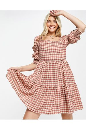 QED London Square-neck tiered midi smock dress in tan gingham-Brown