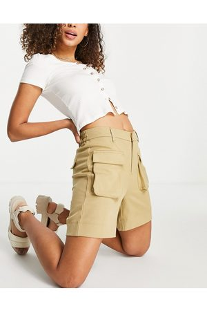 Object Recycled blend utility short in -Neutral