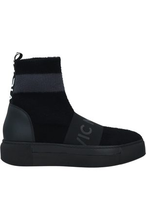 vic matiè Women Sneakers - Sneakers