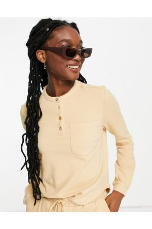 Pieces Organic cotton blend top co-ord in -Brown