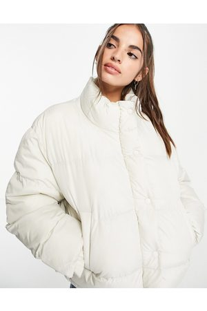 ASOS DESIGN Women Winter Jackets - Oversized recycled puffer jacket in -White
