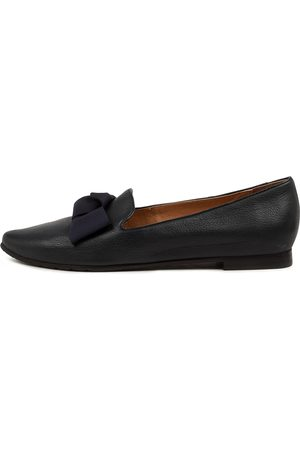 Top end Shade To Navy Shoes Womens Shoes Casual Flat Shoes