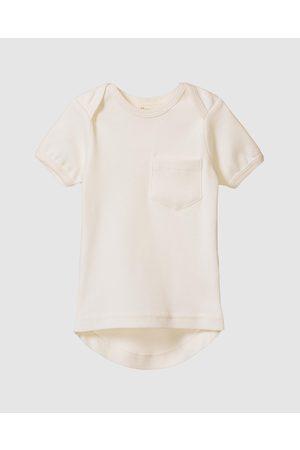 Nature Baby Short Sleeve - Short Sleeve Pocket Tee Babies - T-Shirts & Singlets (Natural) Short Sleeve Pocket Tee - Babies