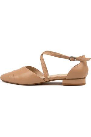 Diana Ferrari Dalba Df Nude Shoes Womens Shoes Dress Flat Shoes