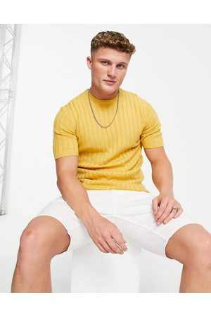 ASOS Muscle fit ribbed t-shirt in -Yellow