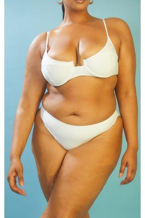 PRETTYLITTLETHING RECYCLED Plus Mix & Match Cheeky Bum Bikini Bottom