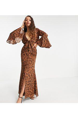 ASOS ASOS DESIGN Petite satin stripe maxi dress in abstract -Multi