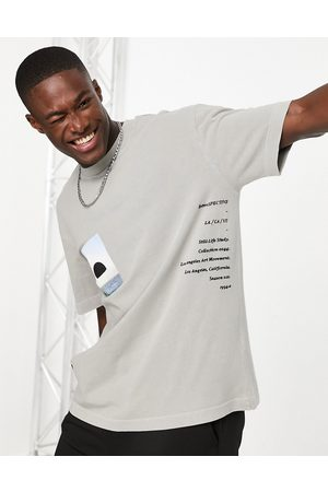 Topman Retrospective print t-shirt in washed -Neutral
