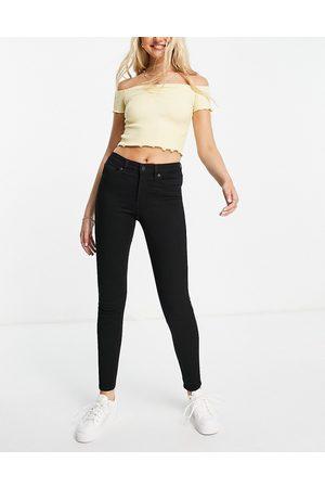 Monki Skinny jeans in