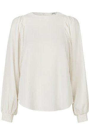 mbyM Women Shirts - Retta Top