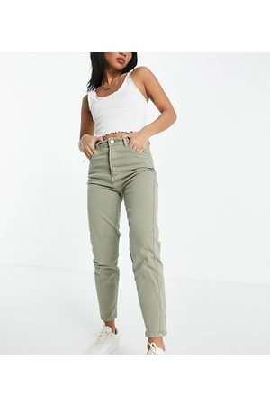 Stradivarius Petite slim mom jeans with stretch in washed -Green