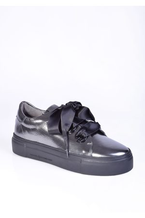 Kennel & Schmenger Big Sneaker with Satin Ribbons