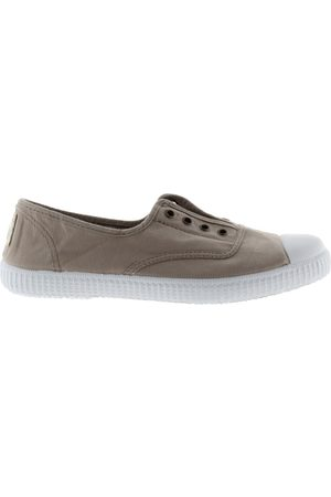 victoria Shoe DORA 106623 S21 No Lace Plimsoll