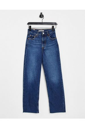 Levi's Ribcage ankle jeans in mid wash-Blue