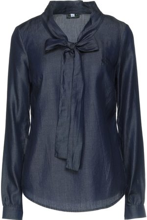 Fred Perry Blouses