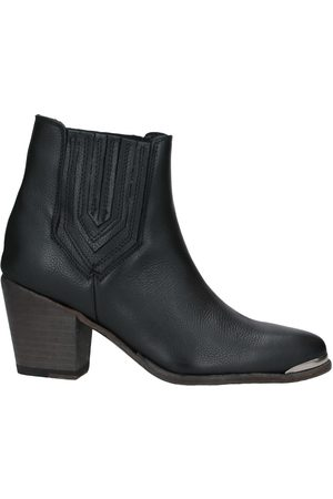 GOOSECRAFT Ankle boots