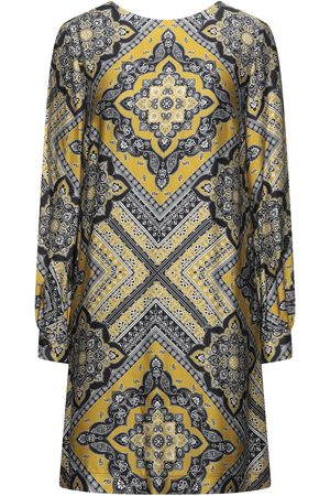 Ana Alcazar Short dresses