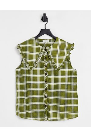 Ghospell Button-down blouse with bib collar in oversized check
