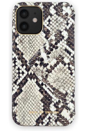 Ideal of sweden Statement Case iPhone 12 Eternal Snake Flap Pocket