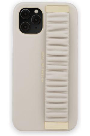 Ideal of sweden Statement Case iPhone 11 Pro Ruffle Cream Top-Handle