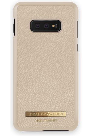 Ideal of sweden Pebbled Case Negin Galaxy S10E Beige