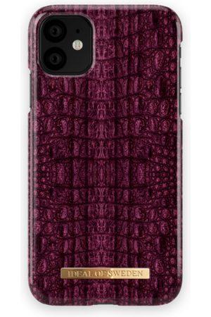 Ideal of sweden Fashion Case iPhone 11 Burgundy Croco