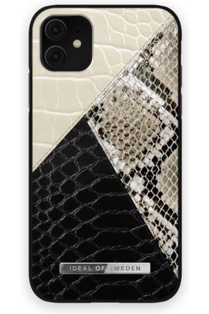 Ideal of sweden Atelier Case iPhone 11 Night Sky Snake