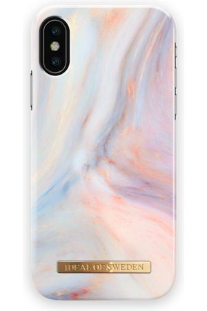Ideal of sweden Fashion Case LH iPhone X Tres Chic