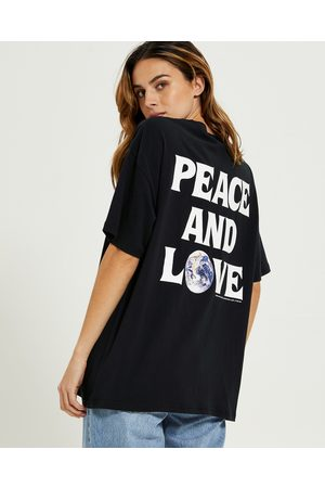 STUSSY Women T-shirts - Peace & Love Relaxed T-shirt