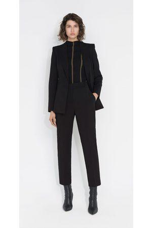 Cue Women Blazers - Classic Blazer