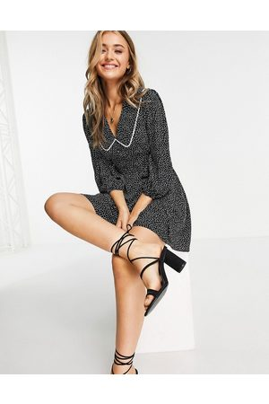 Lipsy London Women Casual Dresses - Collar detail tea dress in spot-Multi