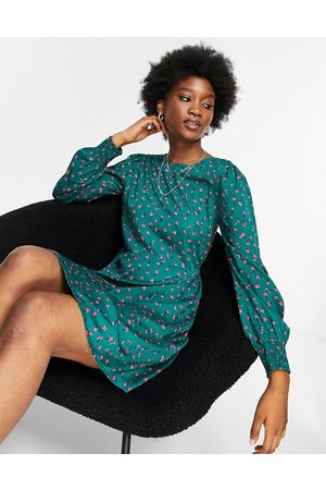 Pieces Women Printed Dresses - Filippa long-sleeved skater dress in all-over floral print-Multi