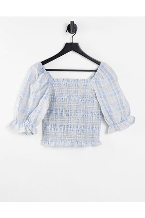 Pieces Women Shirts - Shirred cropped blouse with puff sleeves in